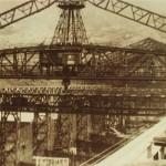 大屋根取付工事中の造船船渠